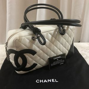🆕 Chanel CC Quilted Bowling Bag 👜